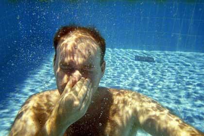 M i poolen